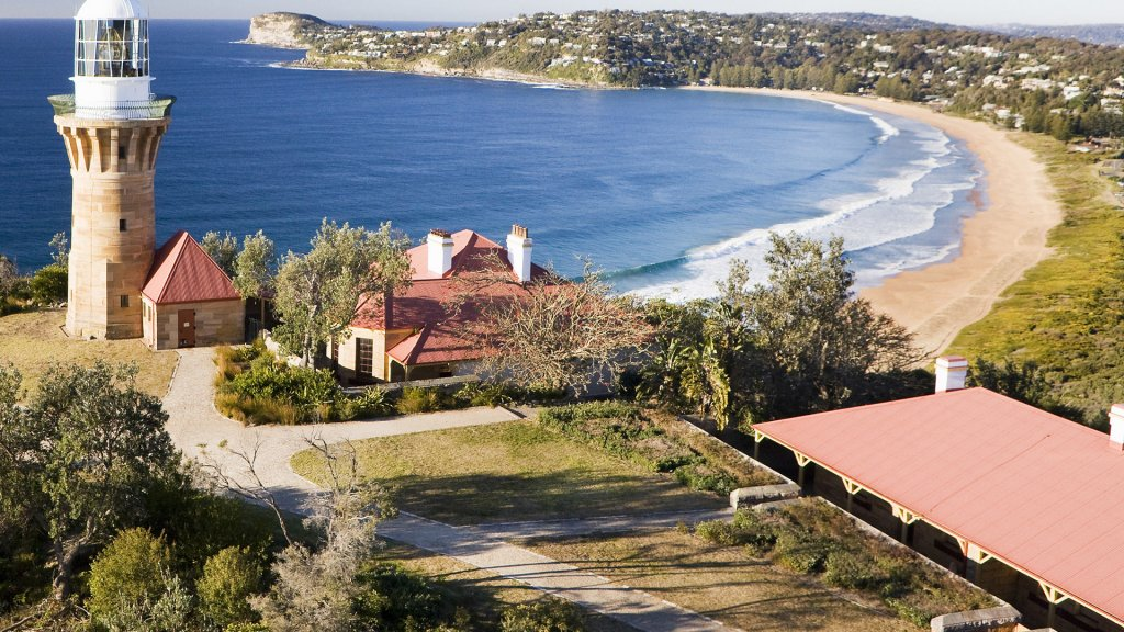 explore-cities-sydney-palm-beach.jpg